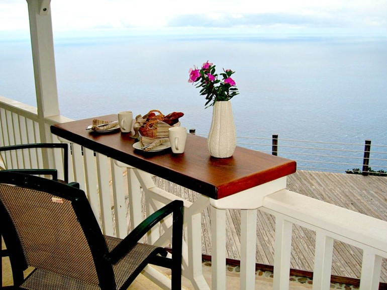 Spyglass Villa Outside Breakfast Bar and Caribbean Saba View