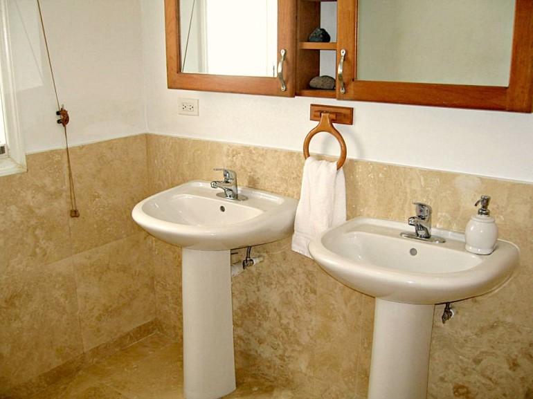 Spyglass Bathrooms Saba Dutch Caribbean