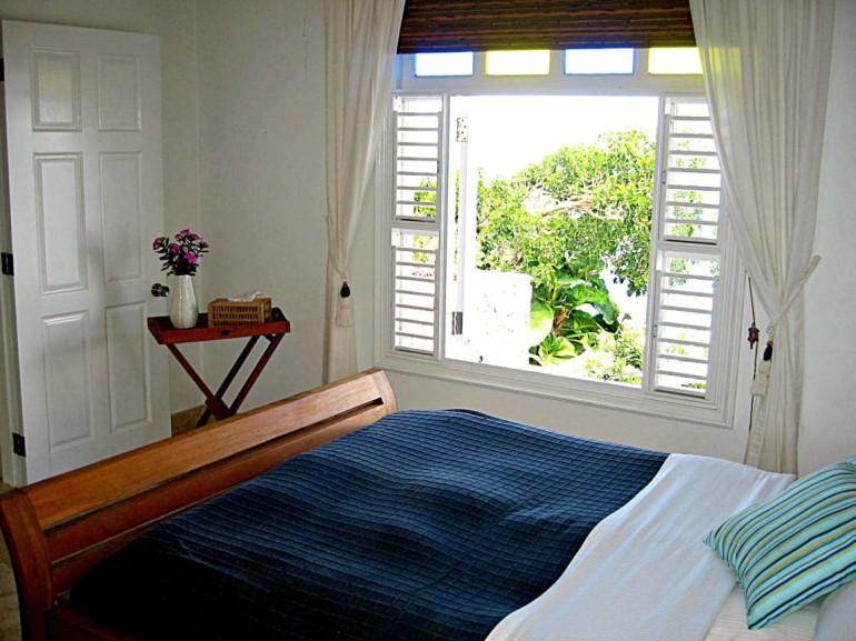 Bedroom Spyglass Saba Booby Hill
