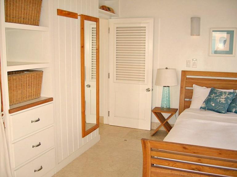 Guest Bedroom Spyglass Villa