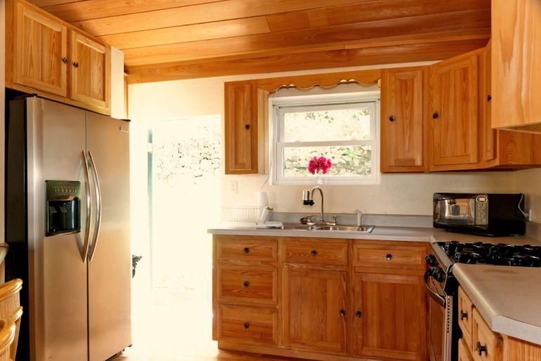 Anne's Cottage Kitchen Saba