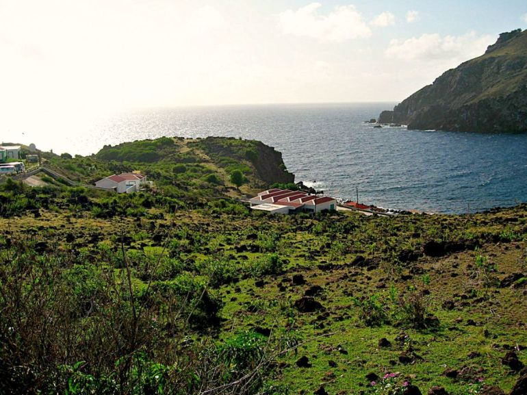 Flat Point Cove Bay Saba Island Properties