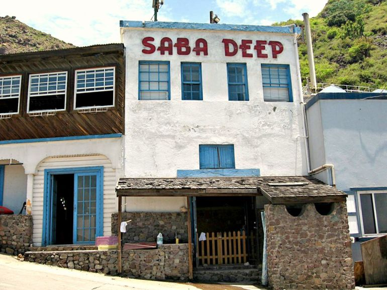 Saba Deep Dive Center Fort Bay Dutch Caribbean