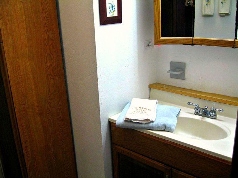 Elsie's Villa Bath room First Floor