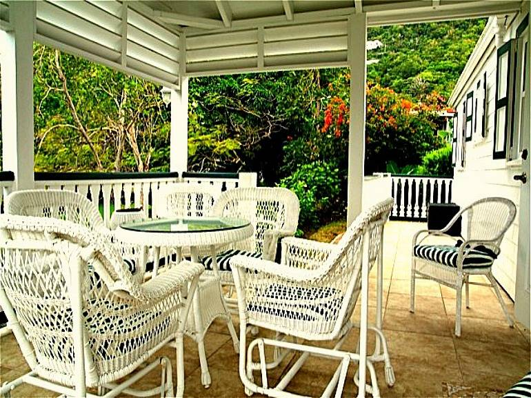 Hibiscus Cottage - For Rent - Albert + Michael - Saba Island Properties