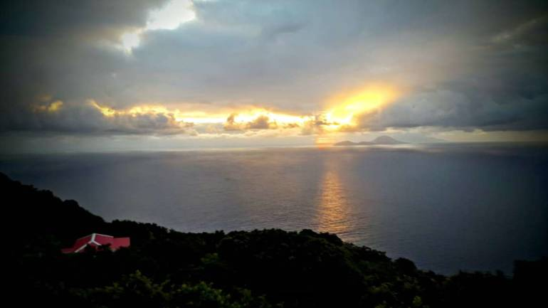 Out of the BLUE Vacation Apartment Sunrise - Albert & Michael Saba Island Properties