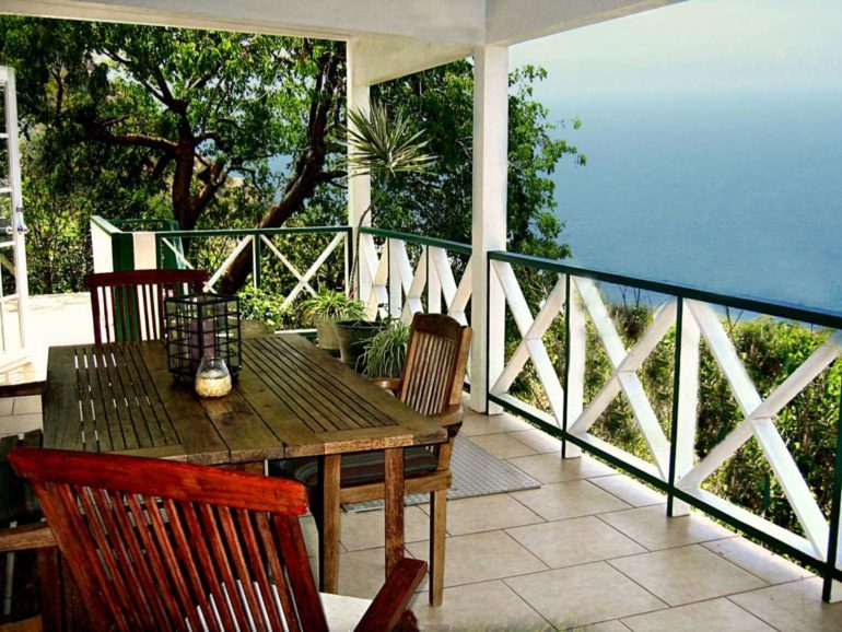 Blue Water Cottage Rental Saba
