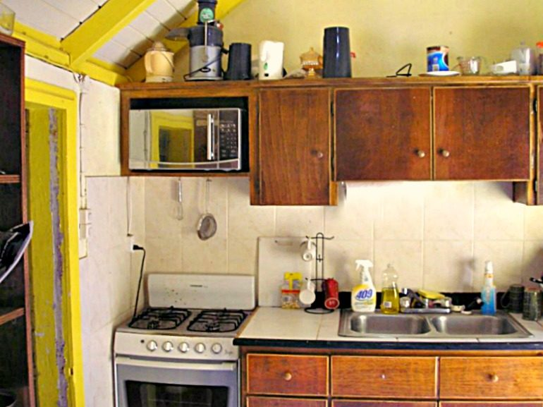 Saban Cottage For Sale The Bottom