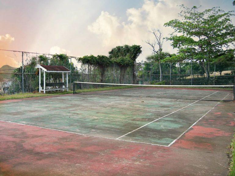 Statia Tennis Court
