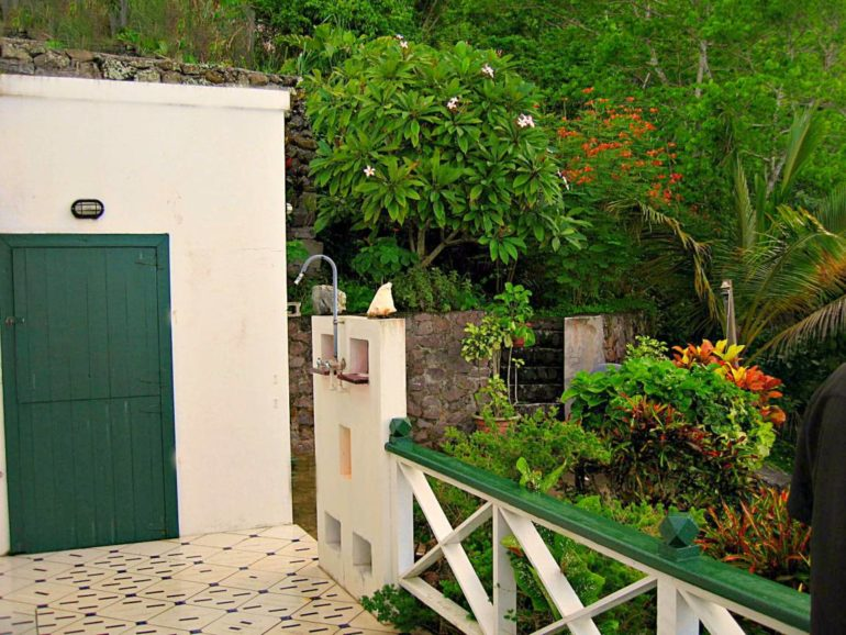 Dushi Cottage For Sale Saba