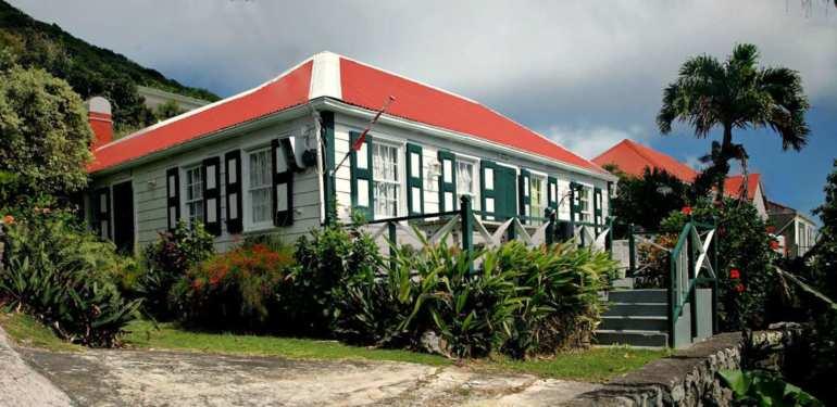 Effie Cottage For Sale - Albert & Michael - Saba Island Properties