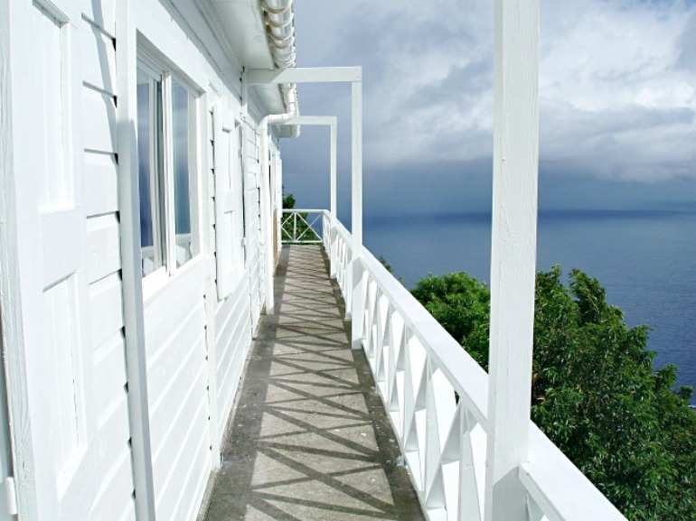Piano House For Sale - Albert & Michael - Saba Island Properties