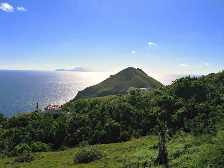 Lower Hell's Gate Land For Sale - Albert & Michael - Saba Island Properties