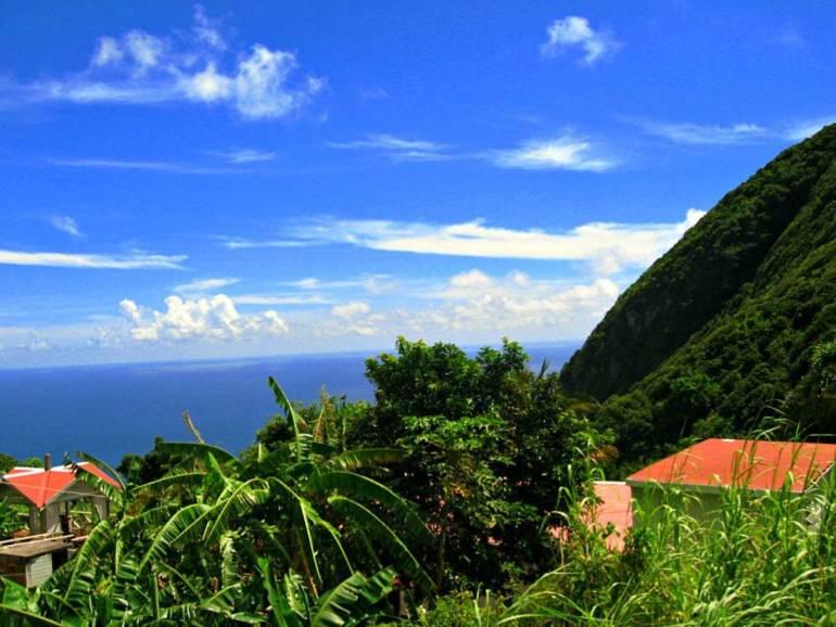 Windwardside Home For Sale - Albert & Michael - Saba Island Properties