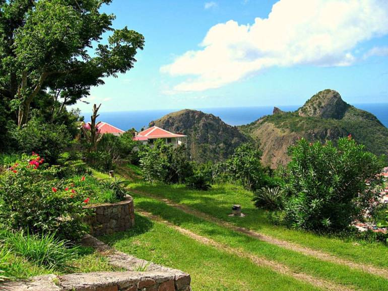 Champagne Cottage- For Sale - Albert & Michael - Saba Island Properties - Exclusive Agents