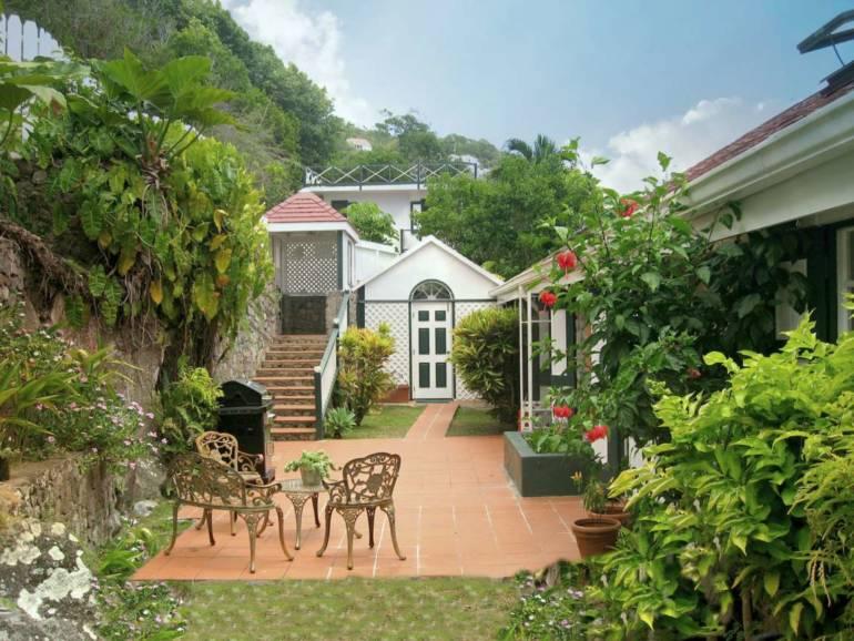 Hummingbird Villa- For Sale - Albert & Michael - Saba Island Properties
