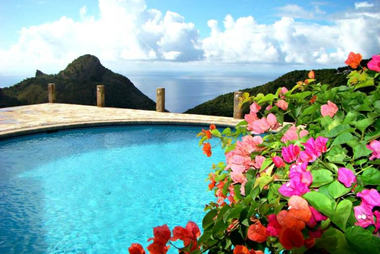 Champagne Cottage - For Rent - Albert & Michael -Saba Island Properties