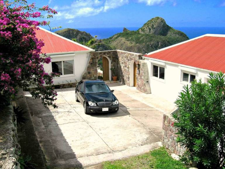 Champagne Cottage - For Rent - Albert & Michael - Saba Island Properties