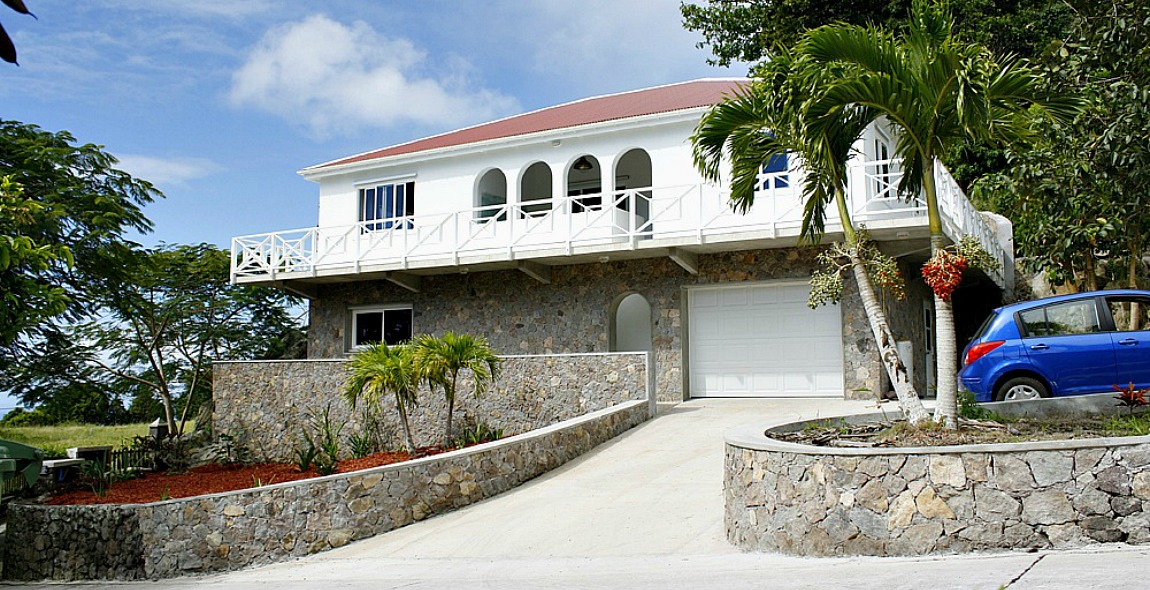 Saba on the Rocks - Albert & Michael - Saba Island Properties